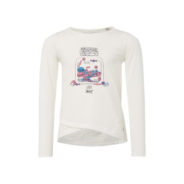 T-shirt placed print
